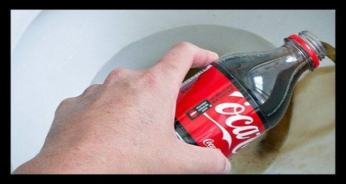 bebida cola para limpiar